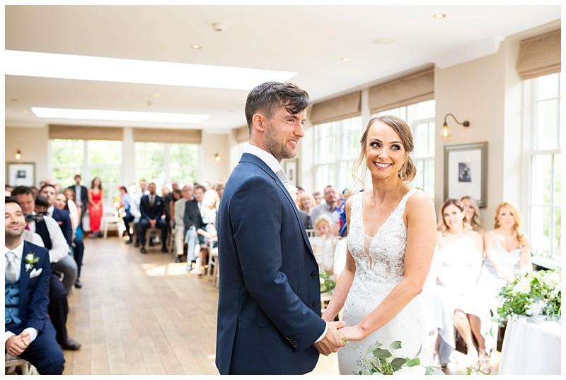 Exchanging of the rings, losehill weddding, peak district wedding