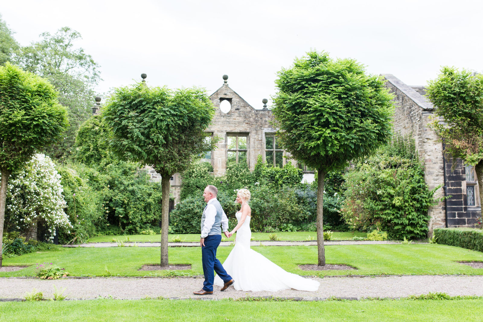 East Riddlesden Hall: Dom & Gabby