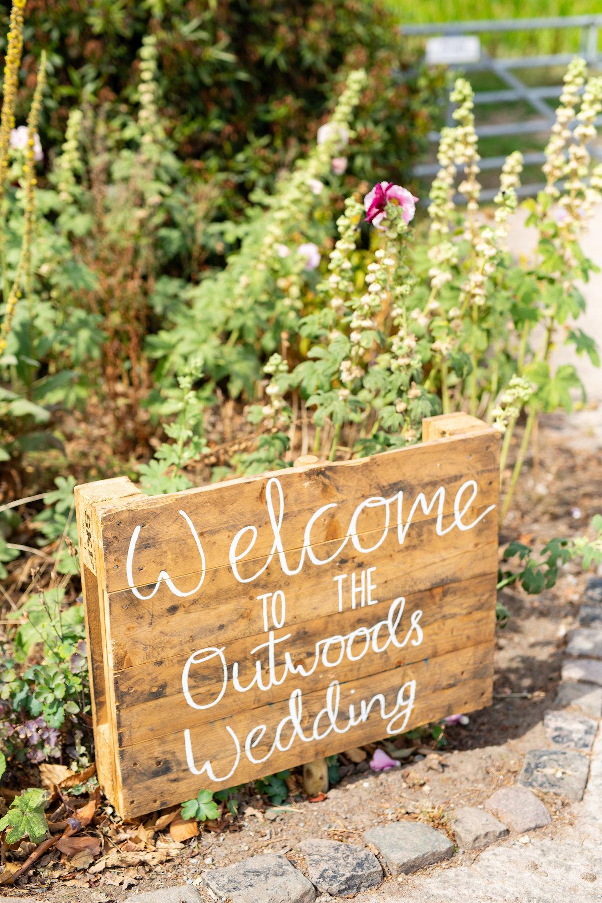 luxury diy wedding, Harrogate Wedding Photographer, garden wedding